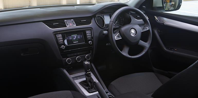 Mid-size Sedans-108