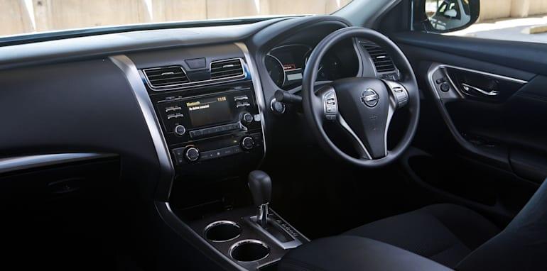 Mid-size Sedans-107