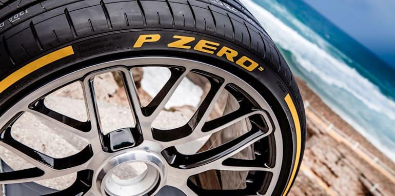 Pirelli-PZero-Dragon-Sport-Launch-43