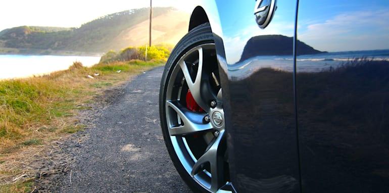 Nissan 370Z Roadster-37