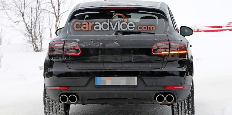 porsche-macan-facelift-spy-9-rear