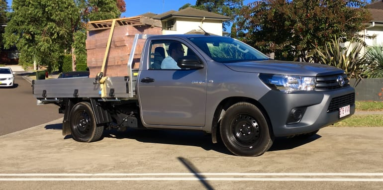 Toyota HiLux Workmate_9