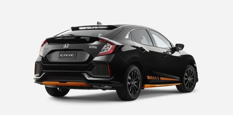 2017-honda-civic-hatch-orange-edition_2