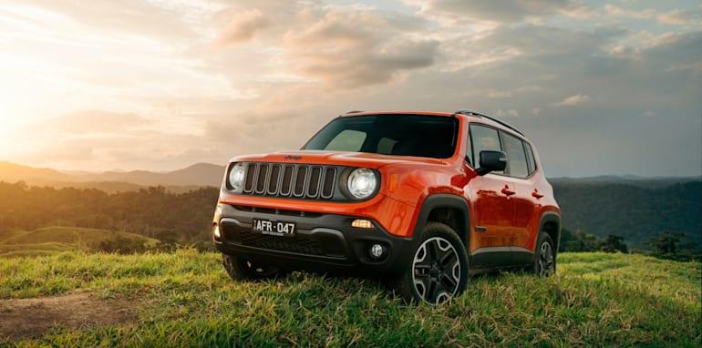 2015 Jeep Renegade_30