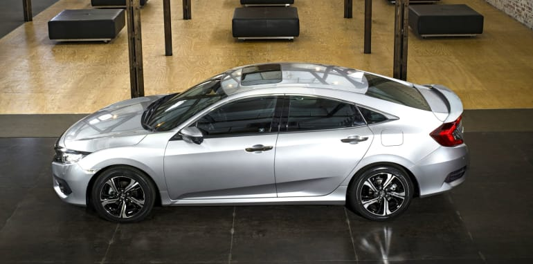 2017 Honda Civic sedan_2