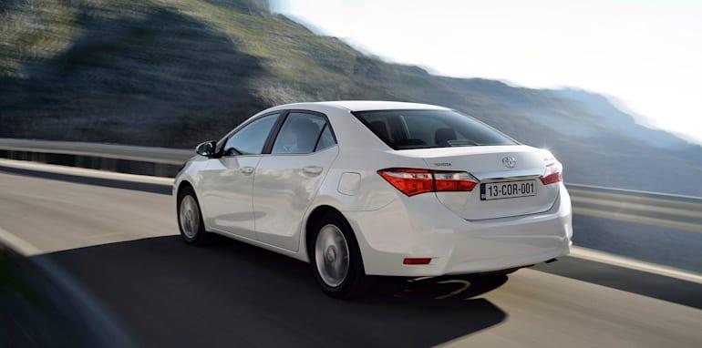 Toyota Corolla Sedan EU Spec - 6