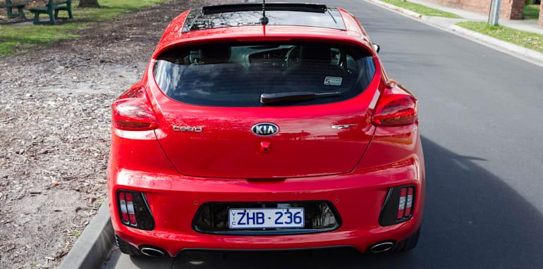 2014-kia-pro_cee'd GT-manual-hatchback-4
