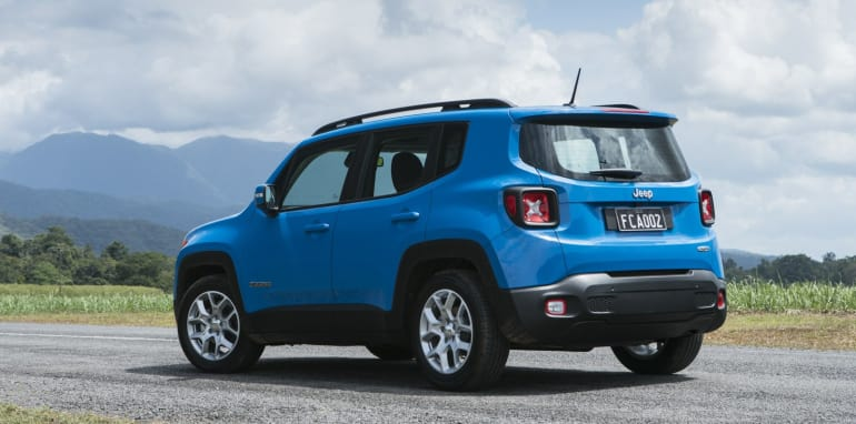 2015 Jeep Renegade_22