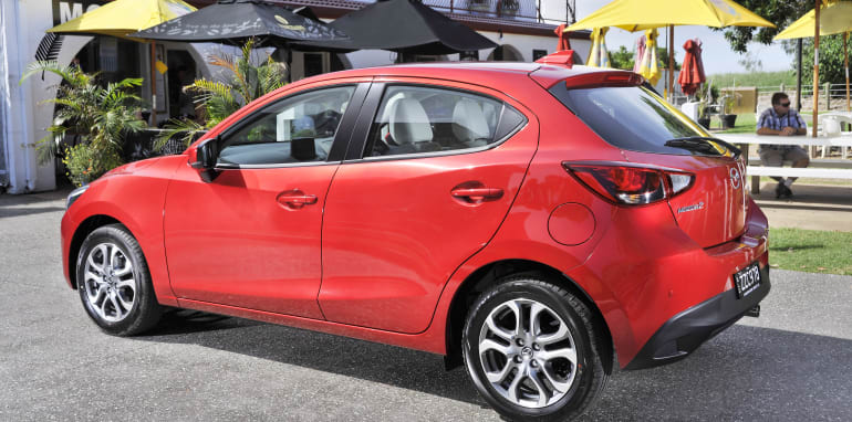 new-mazda2-gt-ext