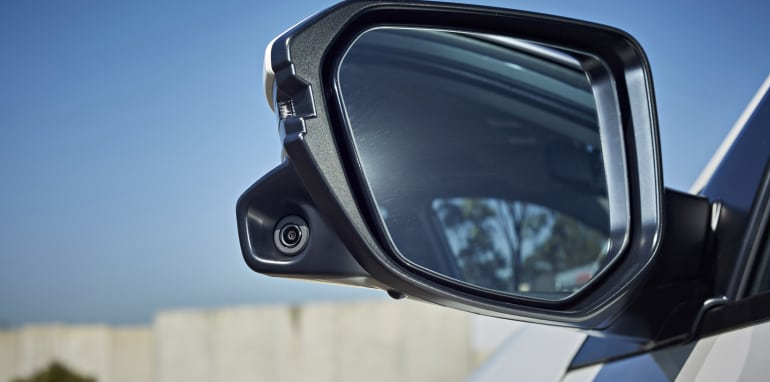 honda_wing-mirror-camera