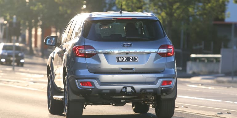 2017-ford-everest-trend-rwd-media-4