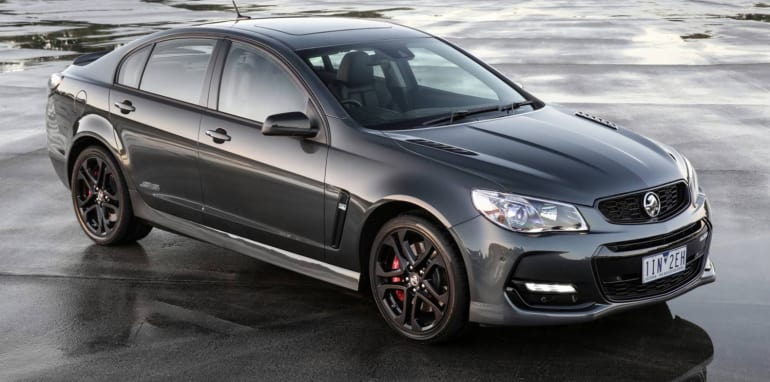2017-holden-commodore-01
