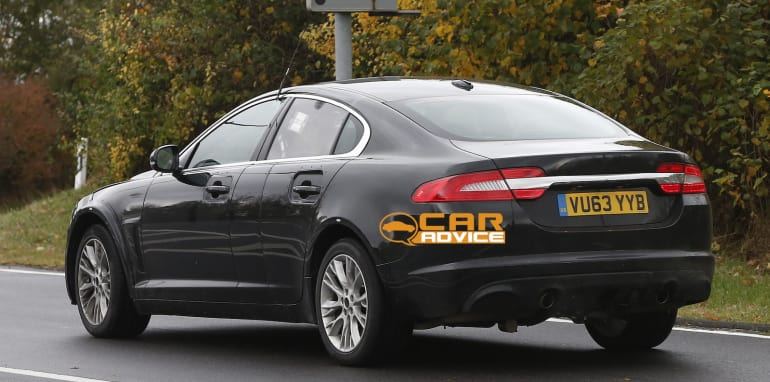 jaguar-xf-7