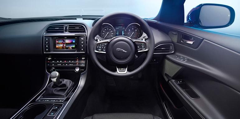 Jaguar-XE-R-Sport-2