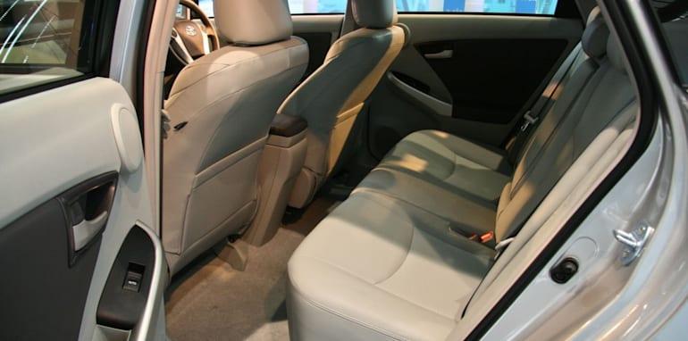 prius-rear-seat