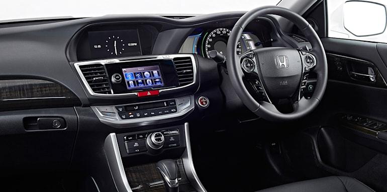Honda_Accord_Sport_Hybrid_35
