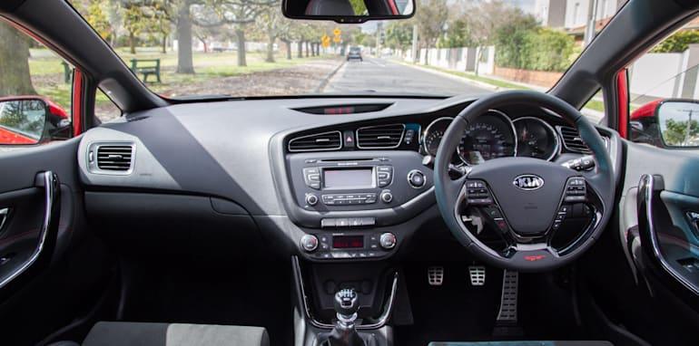 2014-kia-pro_cee'd GT-manual-hatchback-26