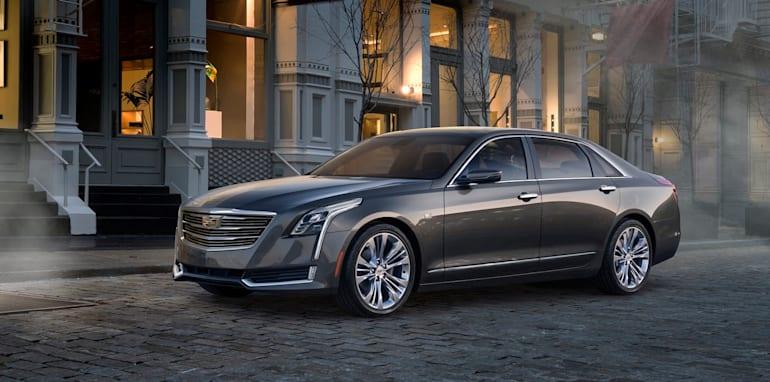 2016-Cadillac-CT6-02