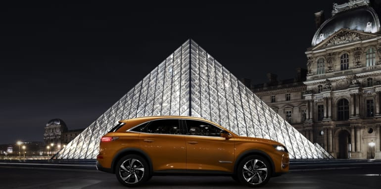 ds-7-crossback__06