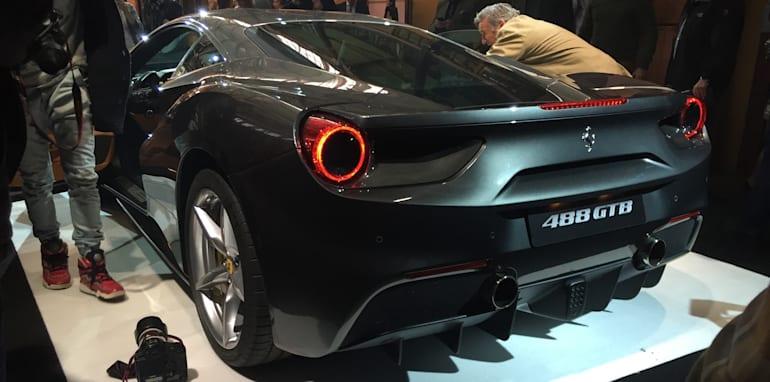 Ferrari-488-GTB-4