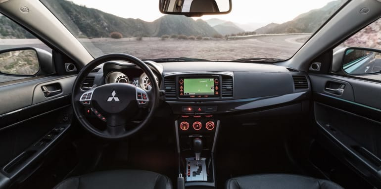 2016-Mitsubishi-Lancer-GT-13