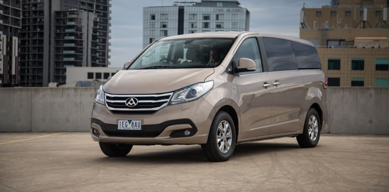 2016-ldv-g10-people-mover-41