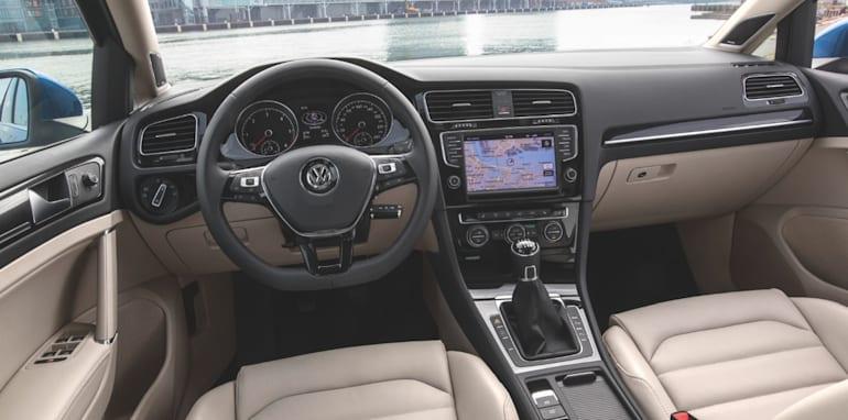Volkswagen Golf Wagon - 5