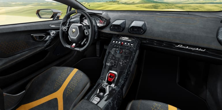 lamborghini-huracan-performante-interior