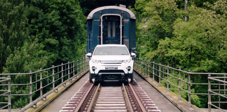 land-rover-discovery-sport-towing-train-03