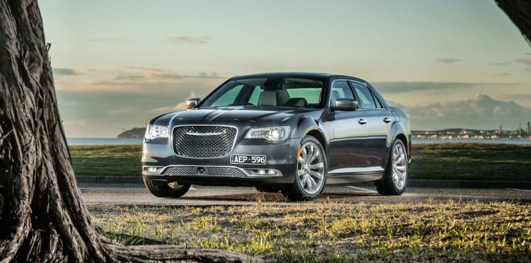 2015-Chrysler-300C-24