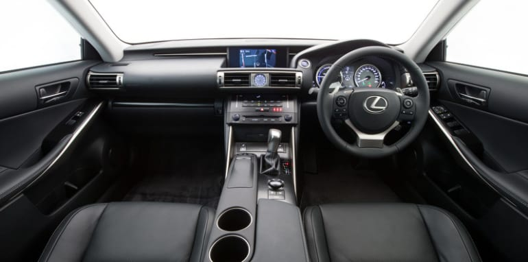2013 Lexus IS 300h Luxury interior