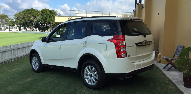 2016-Mahindra-XUV-500-Automatic-1