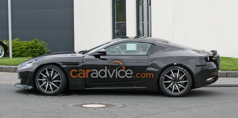 aston-martin-vantage-spy-7-side