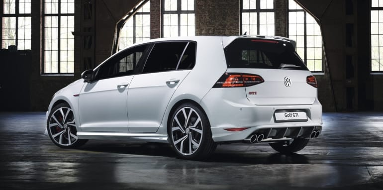 volkswagen-golf-gti-oettinger-rear_1