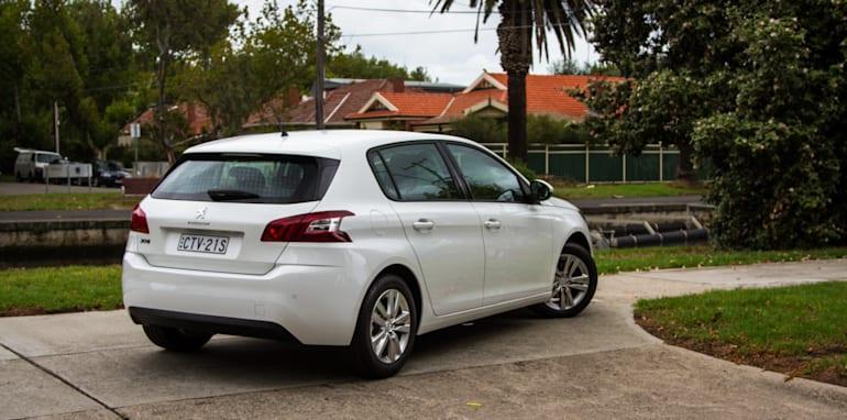 2014-peugeot-308-hatchback-auto-28