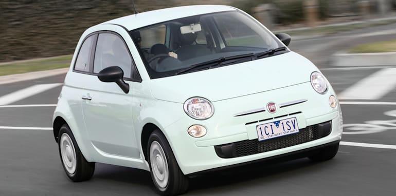 2015-Fiat-500_16