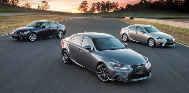 2013 Lexus IS range