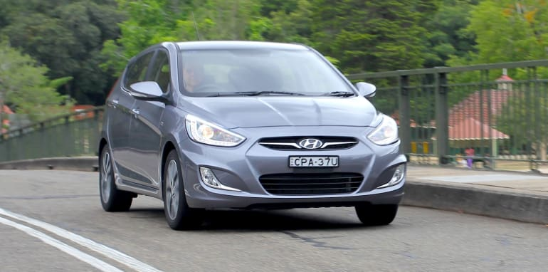 Hyundai Accent SR - 19