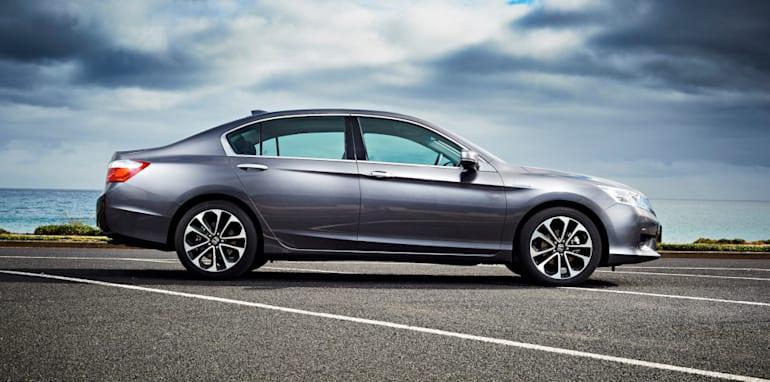 Honda_Accord_Sport_Hybrid_29