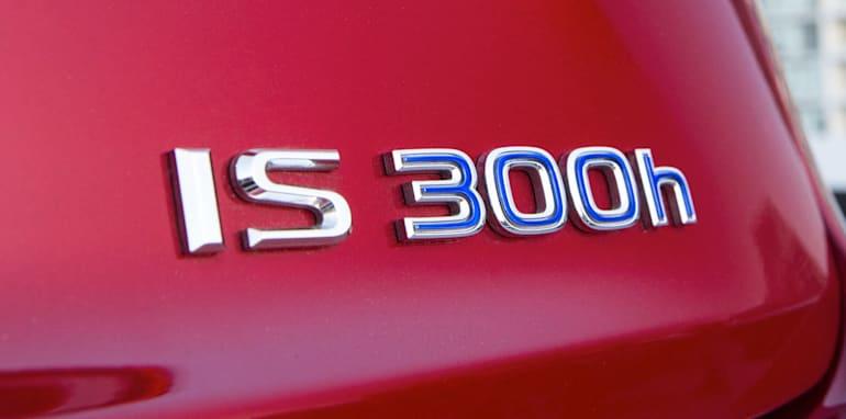 2013 Lexus IS 300h Luxury