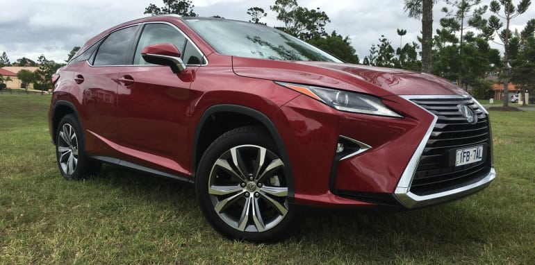 2016-Lexus-RX-200t-Review- - 32