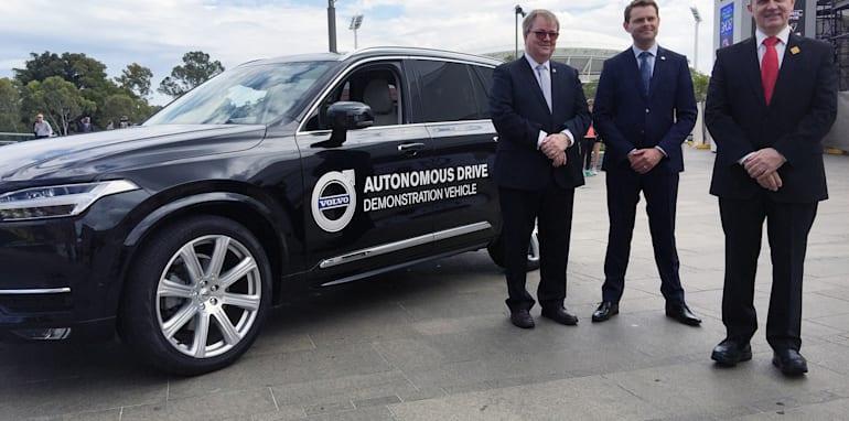 2015_volvo_xc90_australian-driverless-vehicle-initiative_01