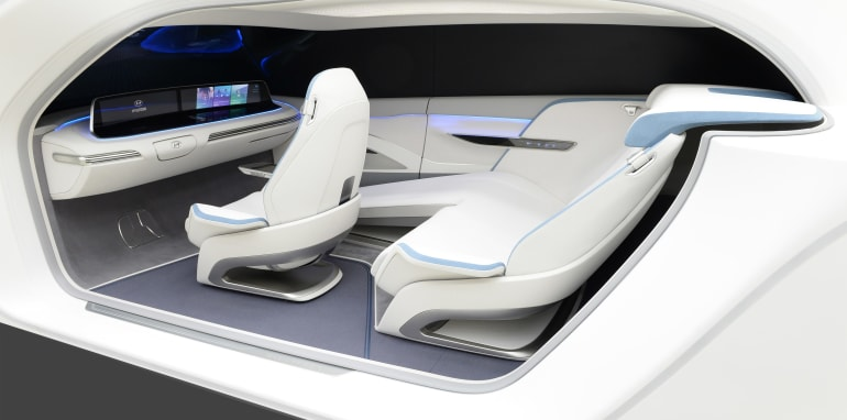 hyundai-health-and-mobility-cockpit