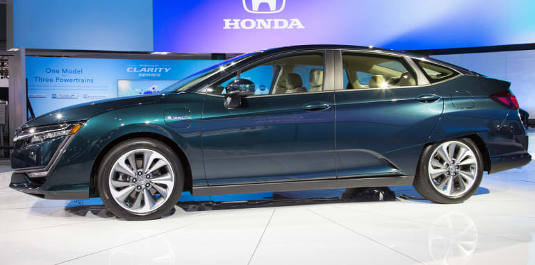 honda-clarity-phev-side
