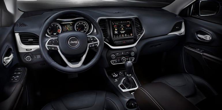 Jeep Cherokee Limited interior