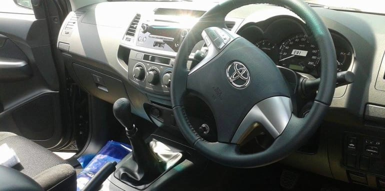 2015_Toyota_HiLux_Interior_Leaked