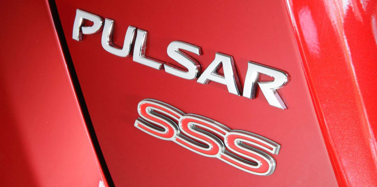 nissan-pulsar-sss-badge