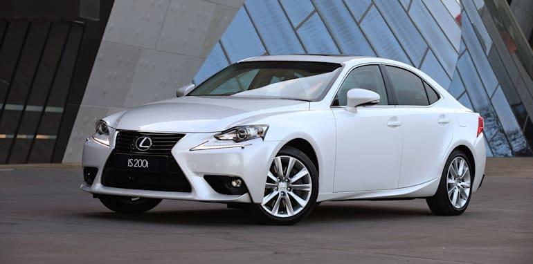 2015 Lexus IS 200t Luxury