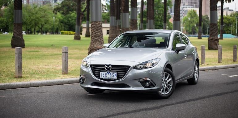 2015-ford-focus-v-mazda3-hatch-comparison-44