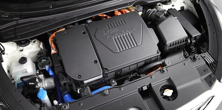hyundai-ix35-fuel-cell-2